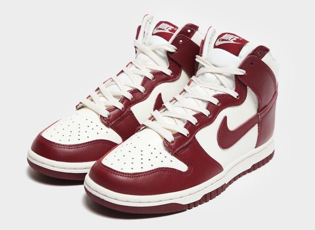 "Nike Dunk High ""Team Red"""