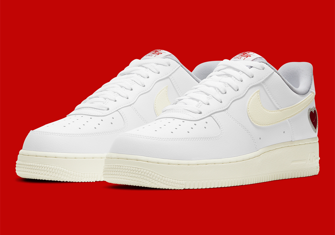 """Nike Air Force 1 """"Valentine's Day"""""""